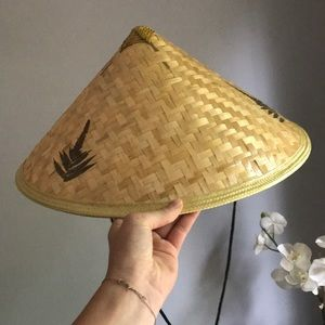 Asia farmer hat from Disney Epcot NWOT